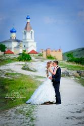 Servicii fotografului si cameromanului la nunta.