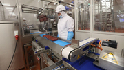 Чехия. Производство колбасных изделий для детей.